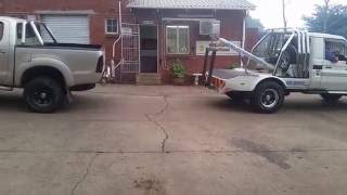 Tug of War: Toyota Landcruiser 4.5 vs 4L Hilux