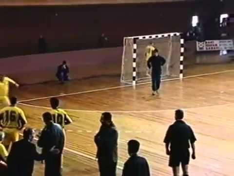 ULDUZLARIN FUTBOL YARISHI (07.12.2001)