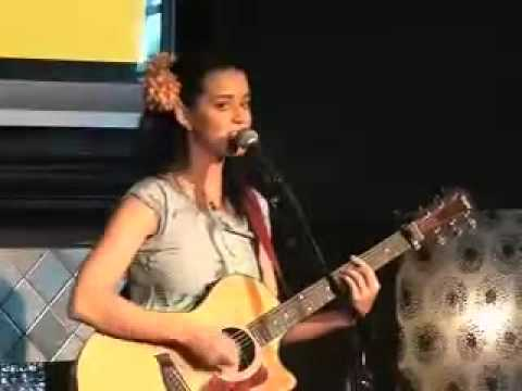 Katy Perry  - One Of The Boys (Acoustic Concert 2008)