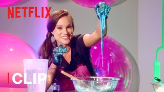 How to Make Oobleck Slime Science Experiment 💚 Emily's Wonder Lab   Netflix Jr