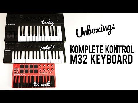 Komplete Kontrol M32 Keyboard by Native Instruments: Unboxing