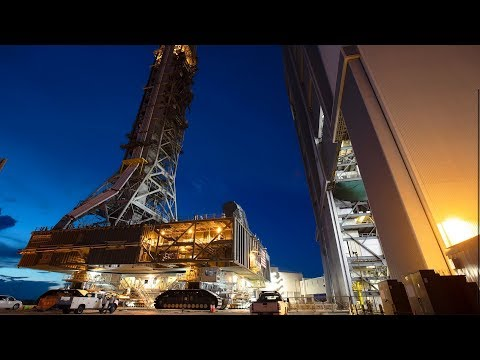 Space Launch System: Construction of the Mobile Launch Platform