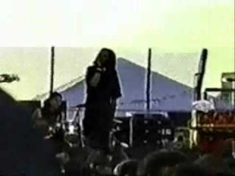 Rage Against the Machine - Beautiful World - DNC 2000