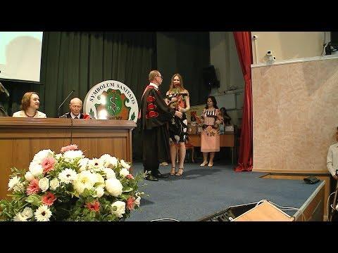 Выпускникам Волгоградского медицинского университета вручили дипломы