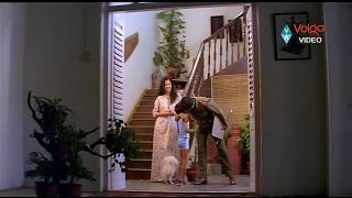 Repeat youtube video Drohi Movie Scenes - Adhi Narayanan Kissing To His Wife - Kamal Hassan, Gautami
