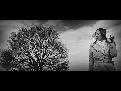 Follow The Flow - Valami baj van az éggel [OFFICIAL MUSIC VIDEO] letöltés