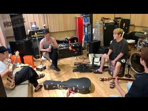 """FTISLAND """"Quit"""" Version Acoustic Live"""