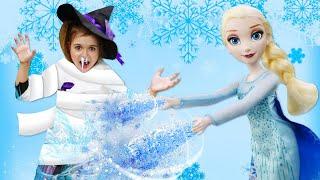 Игры для девочек - ЭЛЬЗА Холодное Сердце заморозила Ведьмочку! - Видео с куклами принцессы Дисней