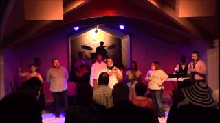 OneChurch 180 Praise team singing Free Worshiper by Todd Dulaney
