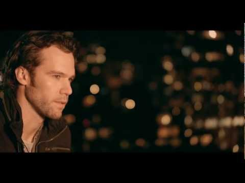 Chad Brownlee - (Christmas) Baby Please Come Home - OFFICIAL (HD)