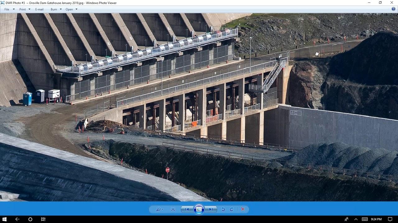 California's Lake Oroville Main Spillway Severly Damaged