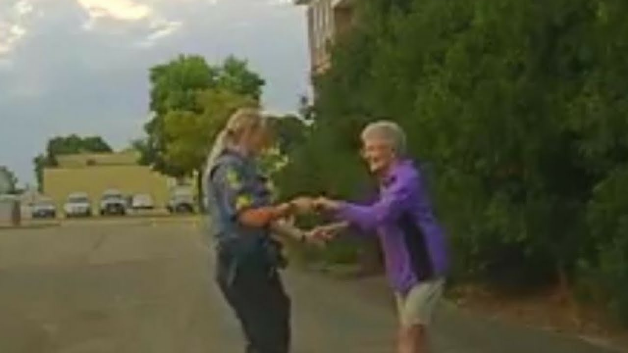 Cop Pulls Over To Dance With 92 Year Old Woman