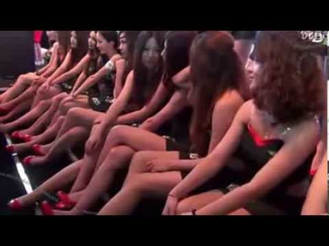 ChinaJoy sexy girls show - 중국 섹시 걸 쇼