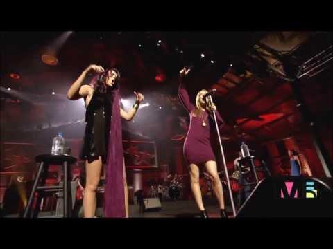 Joss Stone & LeAnn Rimes Live At Crossroads HD   Nothin` Better To Do
