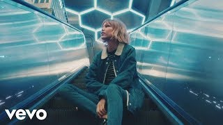 Grace VanderWaal - City Song (Official Video)