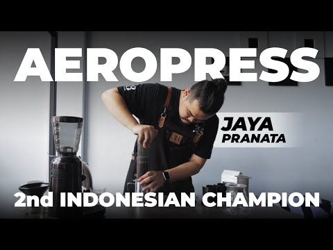 Jaya Pranata Teaches How to Aeropress Like...