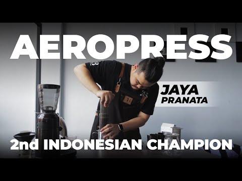 Jaya Pranata Teaches How to Aeropress Like a Champ!