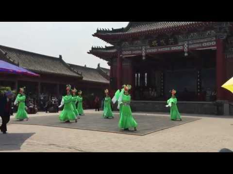 Song Dynasty's female dancers in Kaifeng, China
