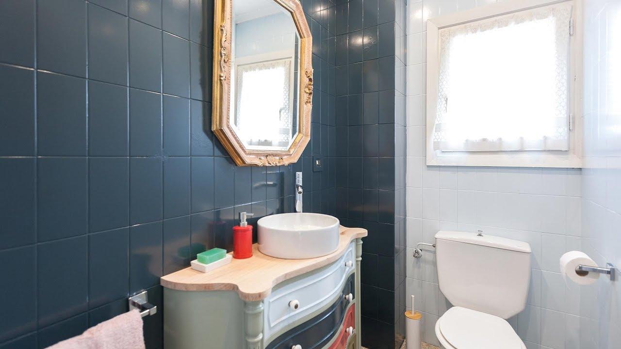 Cuarto de baño azul elegante - Decogarden