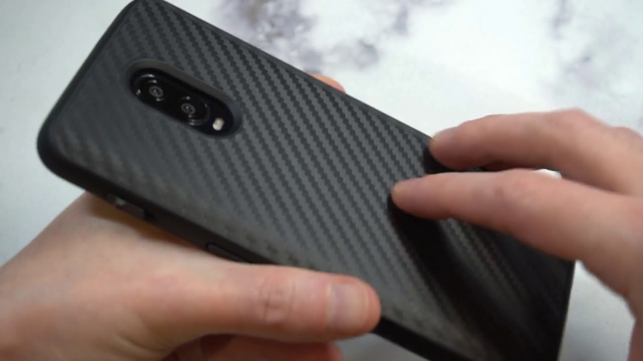 save off e68bf 72ae6 RhinoShield SolidSuit Carbon Fiber Edition Unboxing and Review