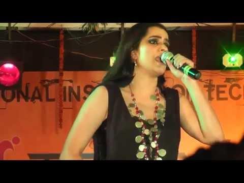Aaja Ve , Rupaiya , Jiya Lage Na and Ambarsariya | Sona Mohapatra live performance at NIT Agartala