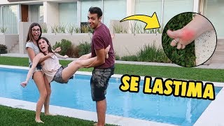 WE TAKE MY SISTER TO THE POOL FOR LOSING A CHALLENGE IN ROBLOX **IT'S HURT**