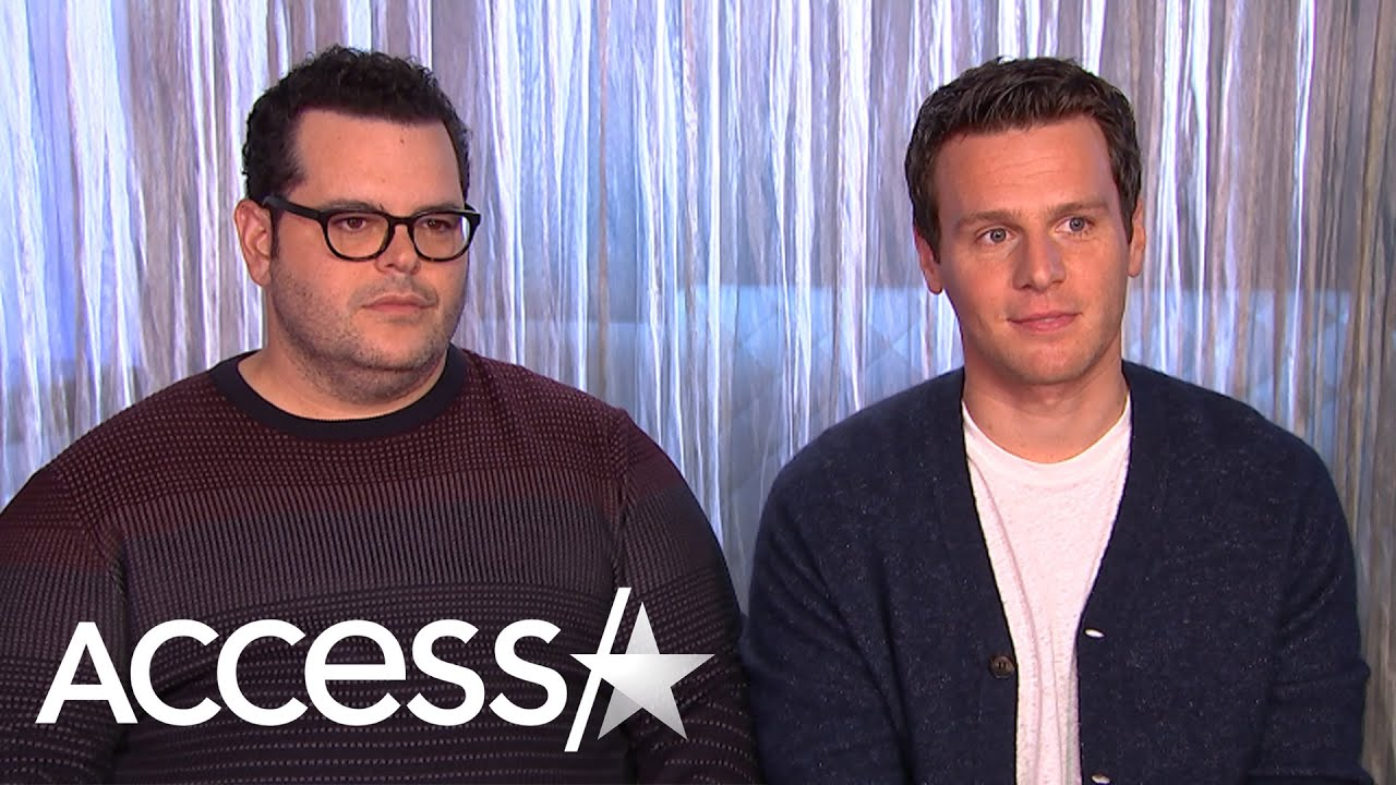 Jonathan Groff Reveals His First Splurge After Making It Big Was Buying 'Alias' On DVD!