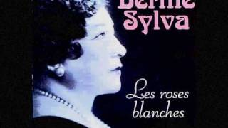 Watch Berthe Sylva Les Roses Blanches video