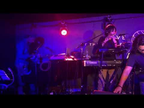 Roja & Bombay Theme Live At The Quarter