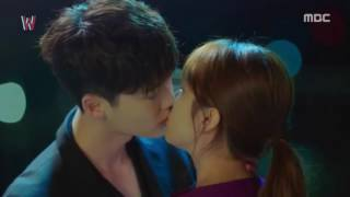 Video 2017 The Most Romantic Kiss Scene Korea Drama #2 download MP3, 3GP, MP4, WEBM, AVI, FLV April 2018