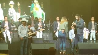 Julion Álvarez en new york 27-9-15 le piden matrimonio