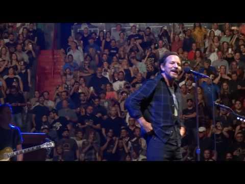 Pearl Jam 04-09-2016 Miami FL Full Show Multicam SBD Blu-Ray