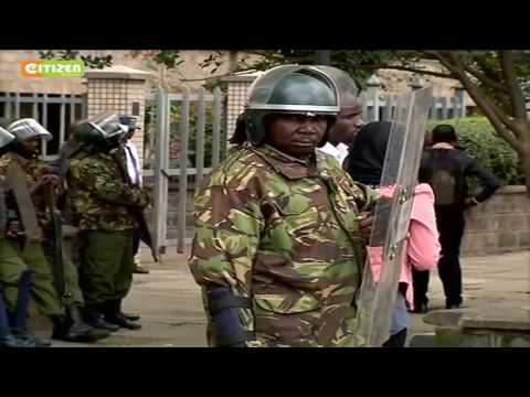 Police seal off IEBC headquarters at Anniversary Towers in Nairobi