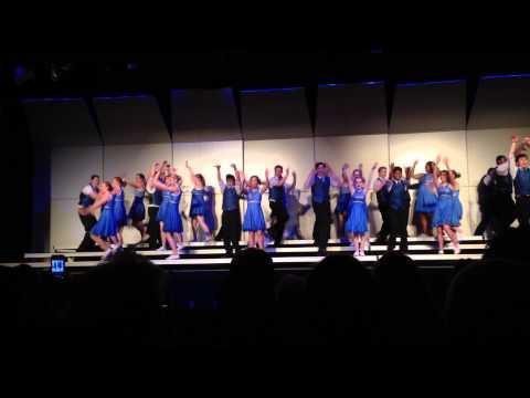 Cedar Crest Show Choir: Hakuna Matata