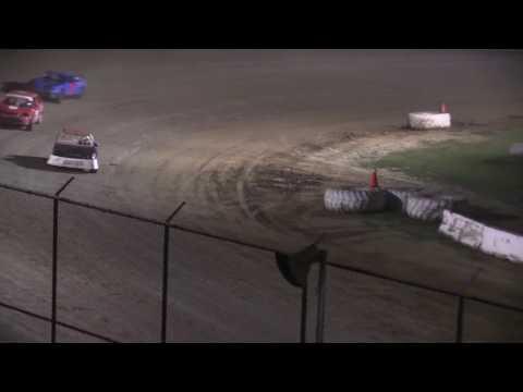 Muskingum County Speedway 4 Cylinder Feature 7-21-17