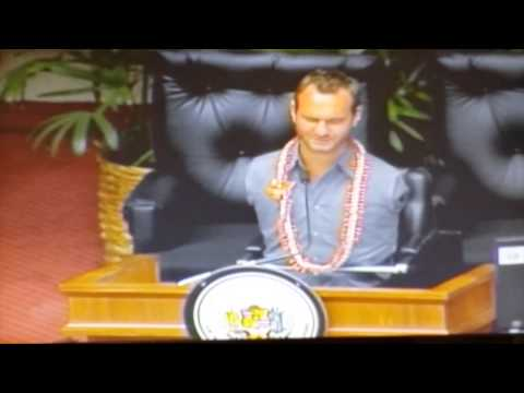 Nick Vujicic provides the Invocation at the Hawaii State Capitol, House of Representatives 2014