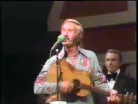 Marty Robbins - That's Alright Mama {Live @ G.O.O.}