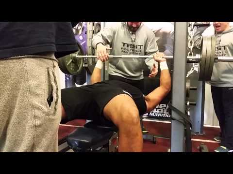 Bodybuilder vs. Football Player: 315 lb Bench Press Challenge [1080p HD]
