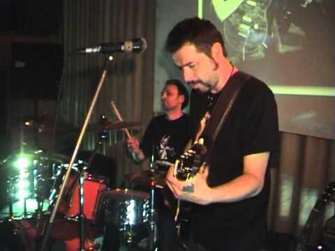 Bane Gluvakov Trio @ Caffe Che   Rooling Stones   Jumping Jet Flash