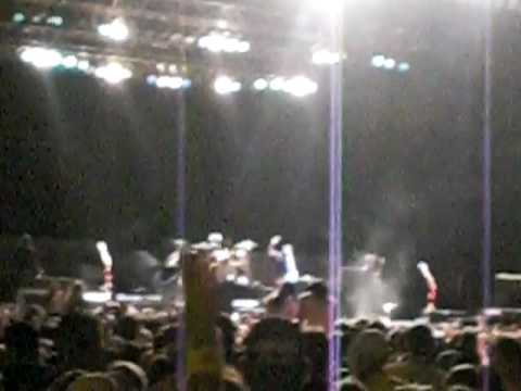 Seether - Remedy (2010 Beale Street Music Fest)