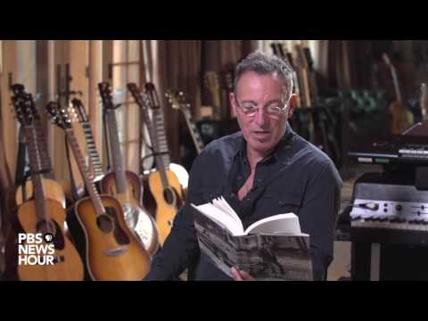 Watch Bruce Springsteen read from his autobiography