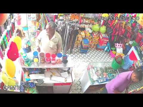 Thief Stealing cash by confusing the shoper  in mysore
