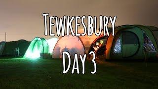 Tewkesbury Day 3.  Water sports, Tea & Pizza
