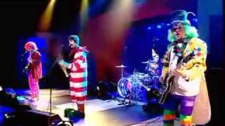 Arctic Monkeys - Adolecent  Fluorecent (Subtitulos)TRADUCCION SUBTITULOS subtitulos