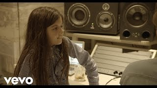 Angelina Jordan - I Saw Mommy Kissing Santa Claus