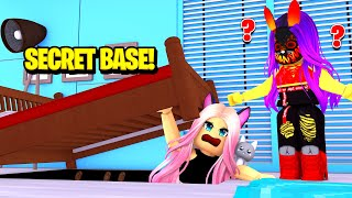 I Built A SECRET BASE In Our SCAMMER'S HOUSE! | Roblox Scam Master Ep  43
