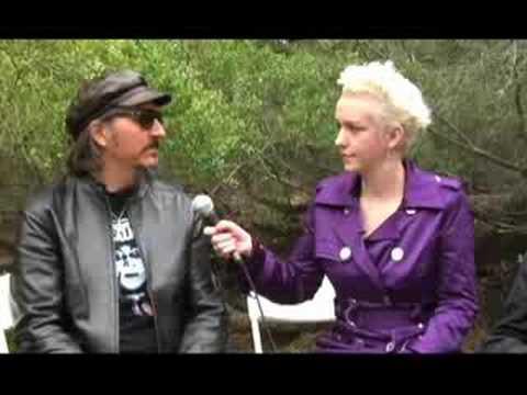 Primus: Xeni interviews Les and Ler (music) (BBtv)