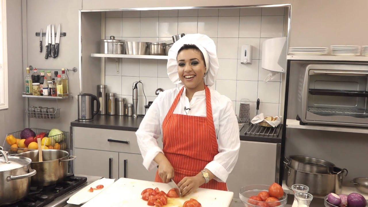 برنامج شوربة - الحلقة 14 شوربة الطماطم و شوربة الجمبرى (الجزء الأول)
