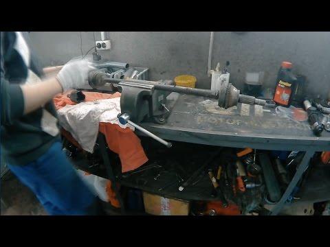 Стяжка (съемник) для демонтажа пружин подвески.