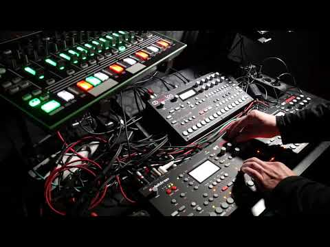 DL - Techno Live Set 2018 #04